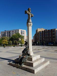 Pelgrimsbeeld in Leon op de Camino Frances