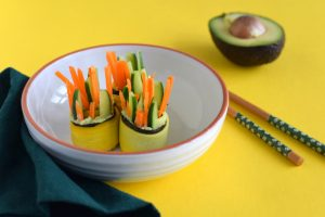 courgetterolletjes-met-nori-en-avocado-Anniepannie