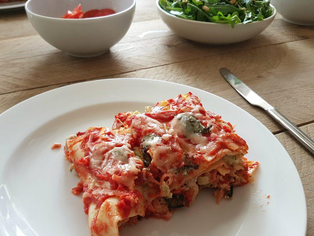 lasagne met courgette en saucijzenvlees uit oven