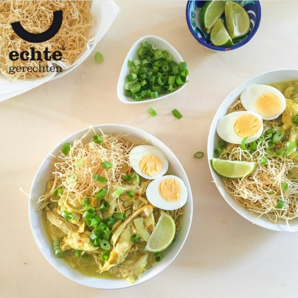 Myanmarese kipcurry met noedels uit ' Een culinaire wereldreis'