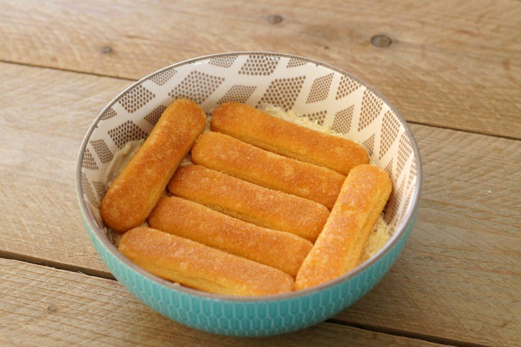 Bodem voor tiramisu met savoiardi koekjes