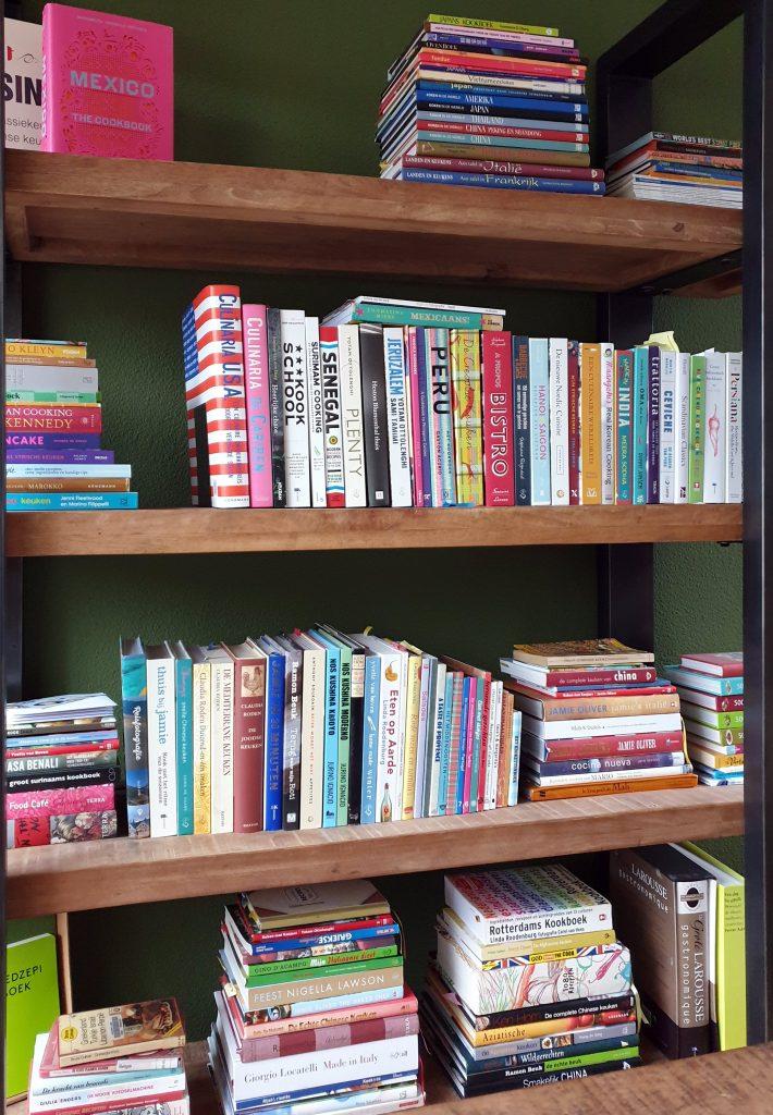 De kookboekenkast van Marjolein