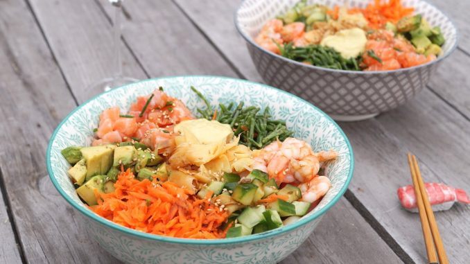 Sushi Bowls op tafel