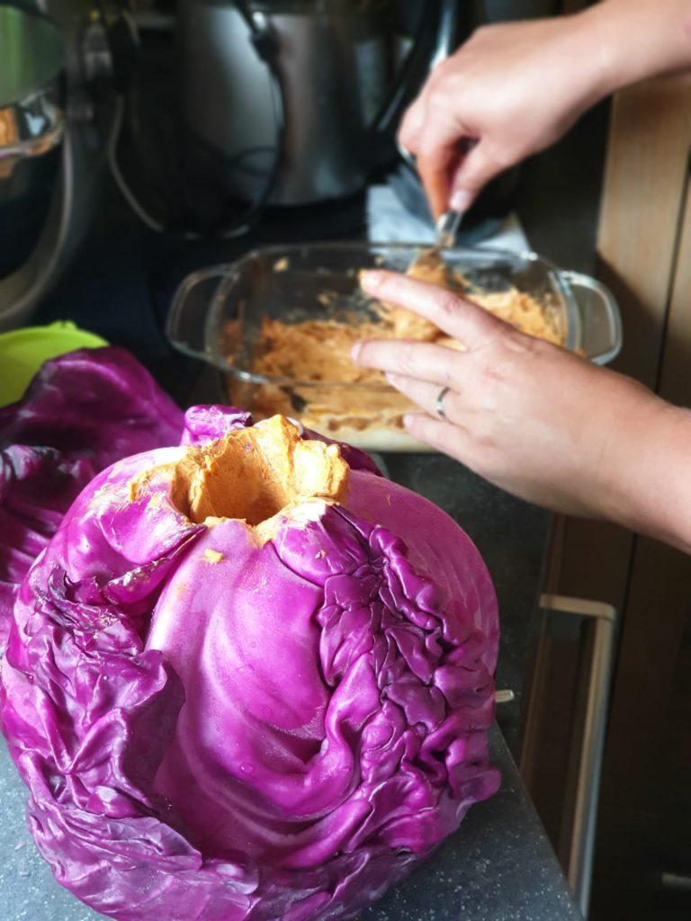 Rode kool vullen met BBQ boter