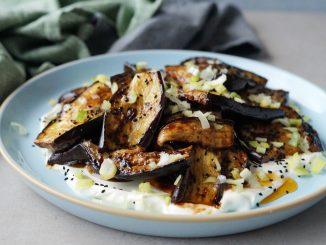 Kleverige aubergine uit de oven